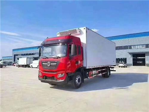 国五东风天锦KR高顶双卧7.9米冷藏车