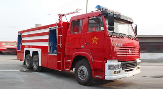 斯太尔双桥水罐消防车12-15吨