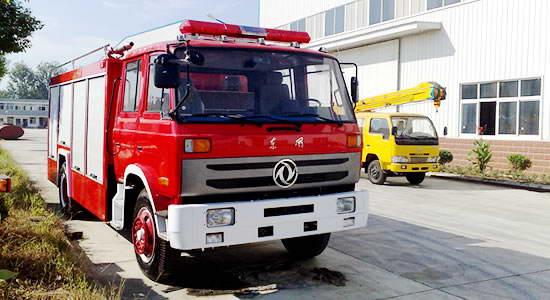 东风153水罐消防车6吨