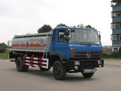 东风153型7吨运油车