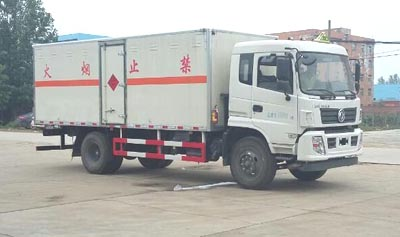 国五东风9吨爆破器材运输车